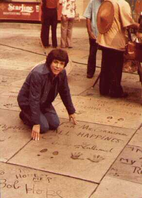 DAVID AT CHINESE THEATRE 