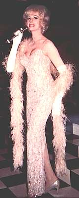 Lavern Cummings on stage
